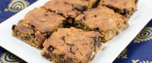 Erdnussbutter Chocolate Chip Blondies ohne Mehl