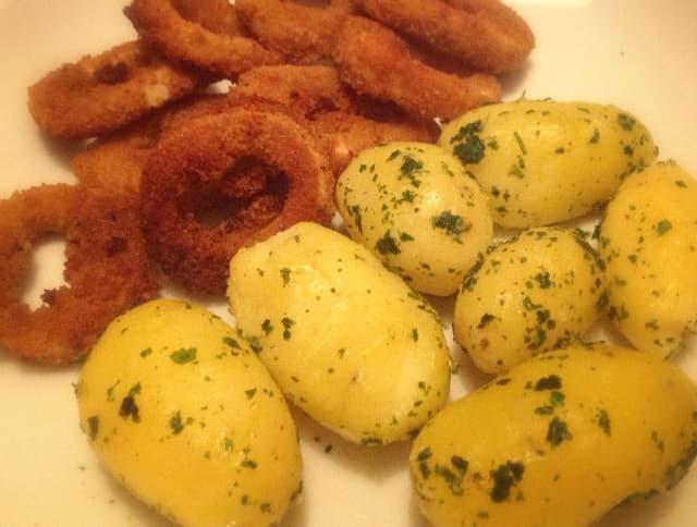 vegane calamares mit kartoffeln