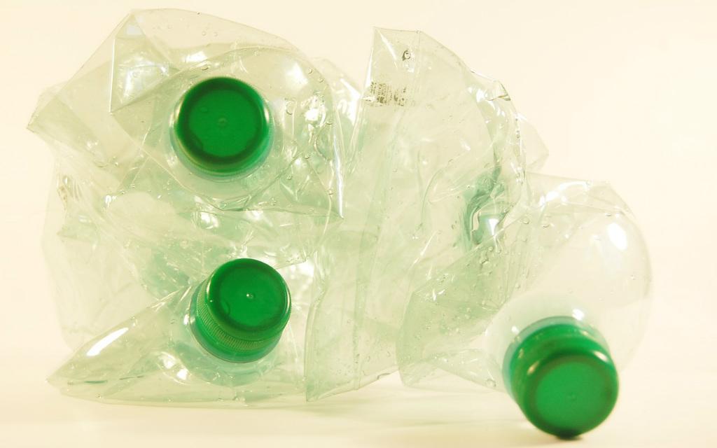 Muovipullojen Kierrätys