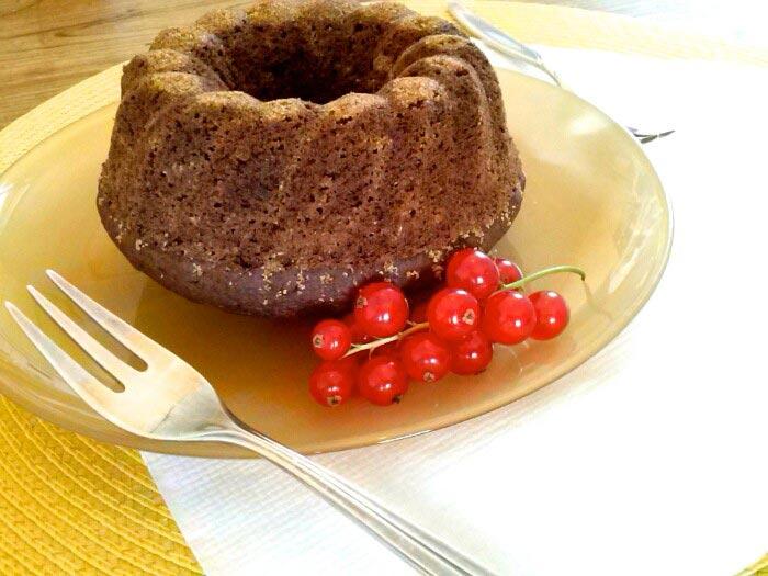 Rotweinkuchen mit Walnüssen