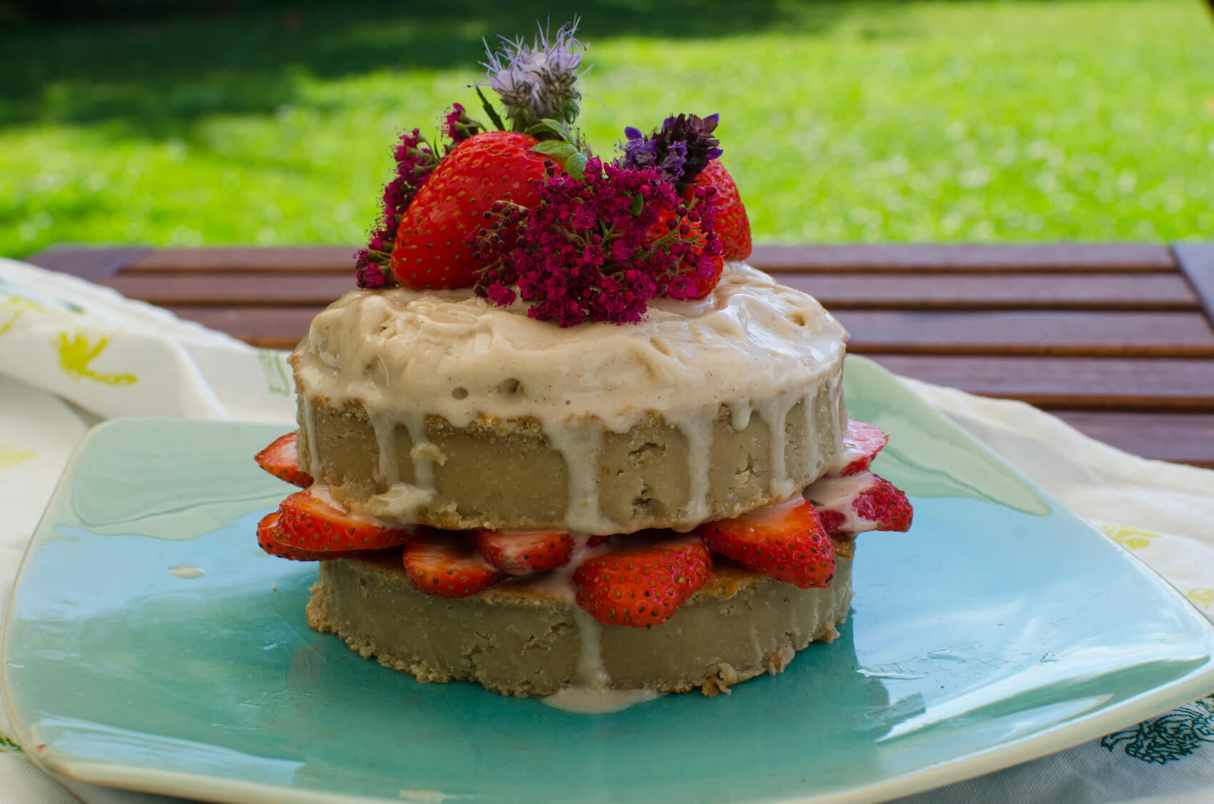 Vegan Naked Cake