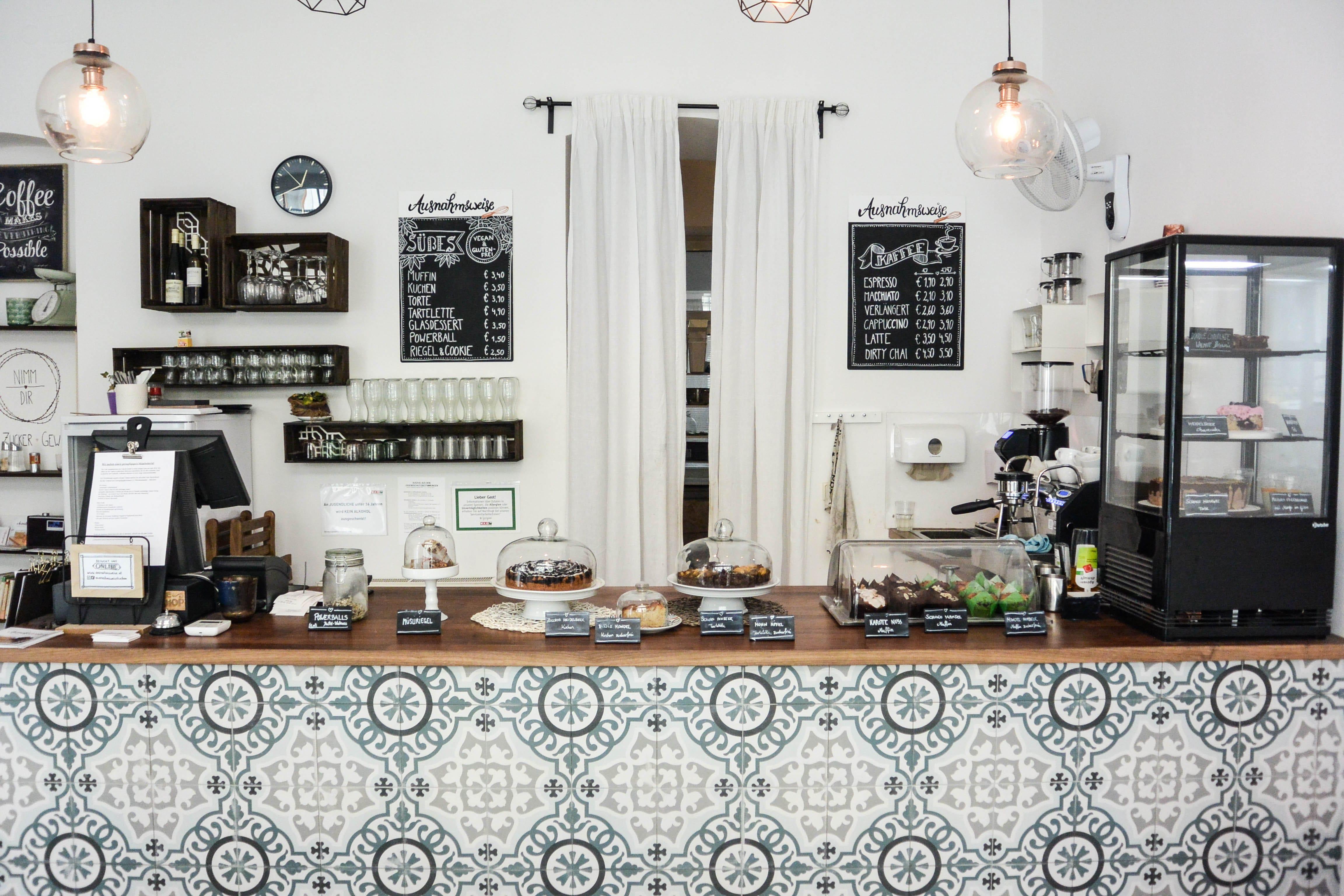 Café Ausnahmsweise - VeganBlatt