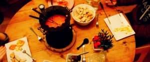 Veganes Tomaten-Käse Fondue