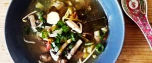 Vegane Tom Yum Suppe
